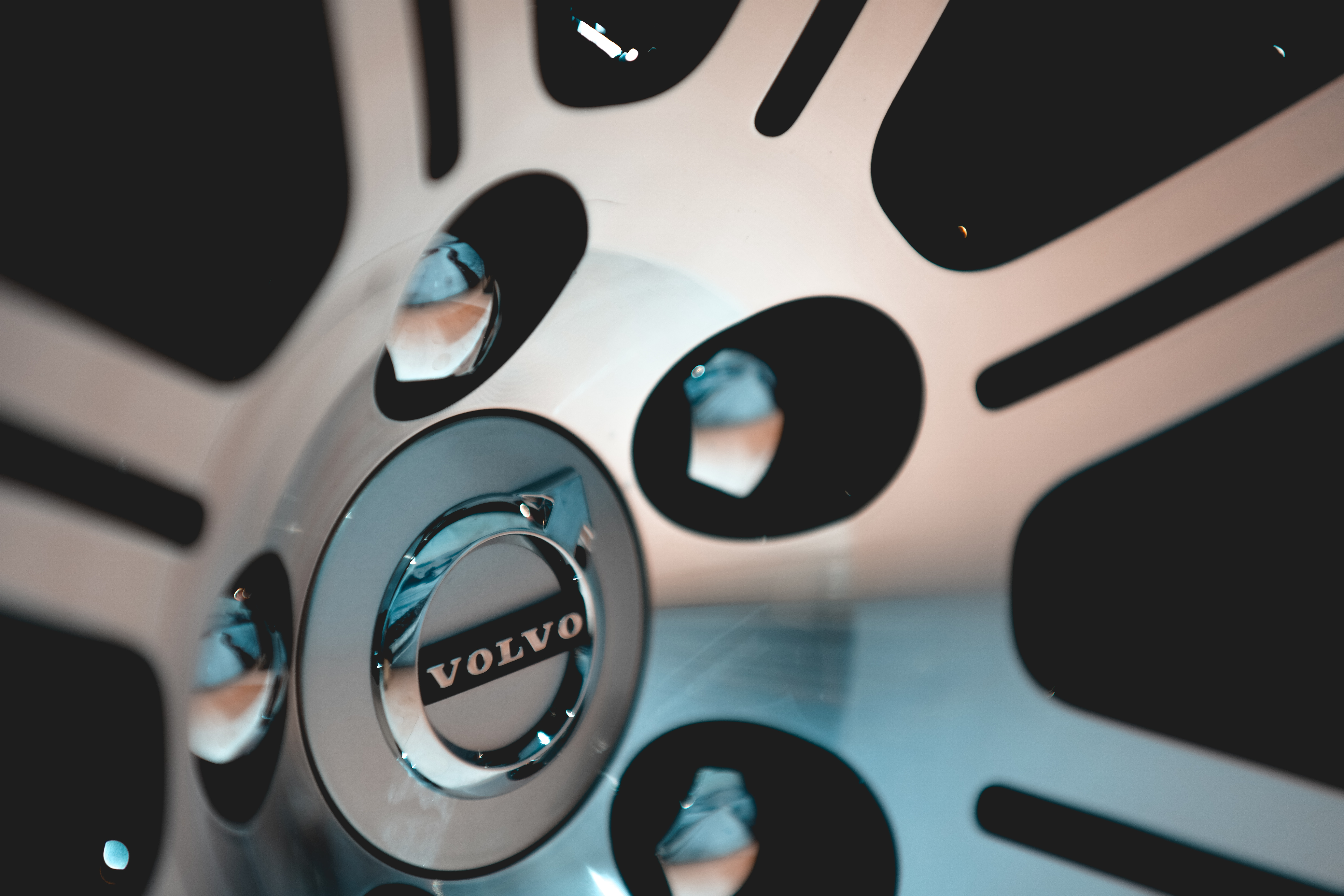 Why Volvo Doesn't Approve of Reconditioned Wheels and How This Can Affect Your Collision Repair